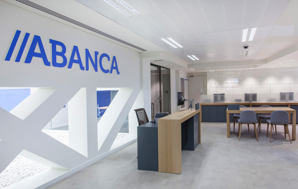 Oficinas sutega for Oficinas axa madrid