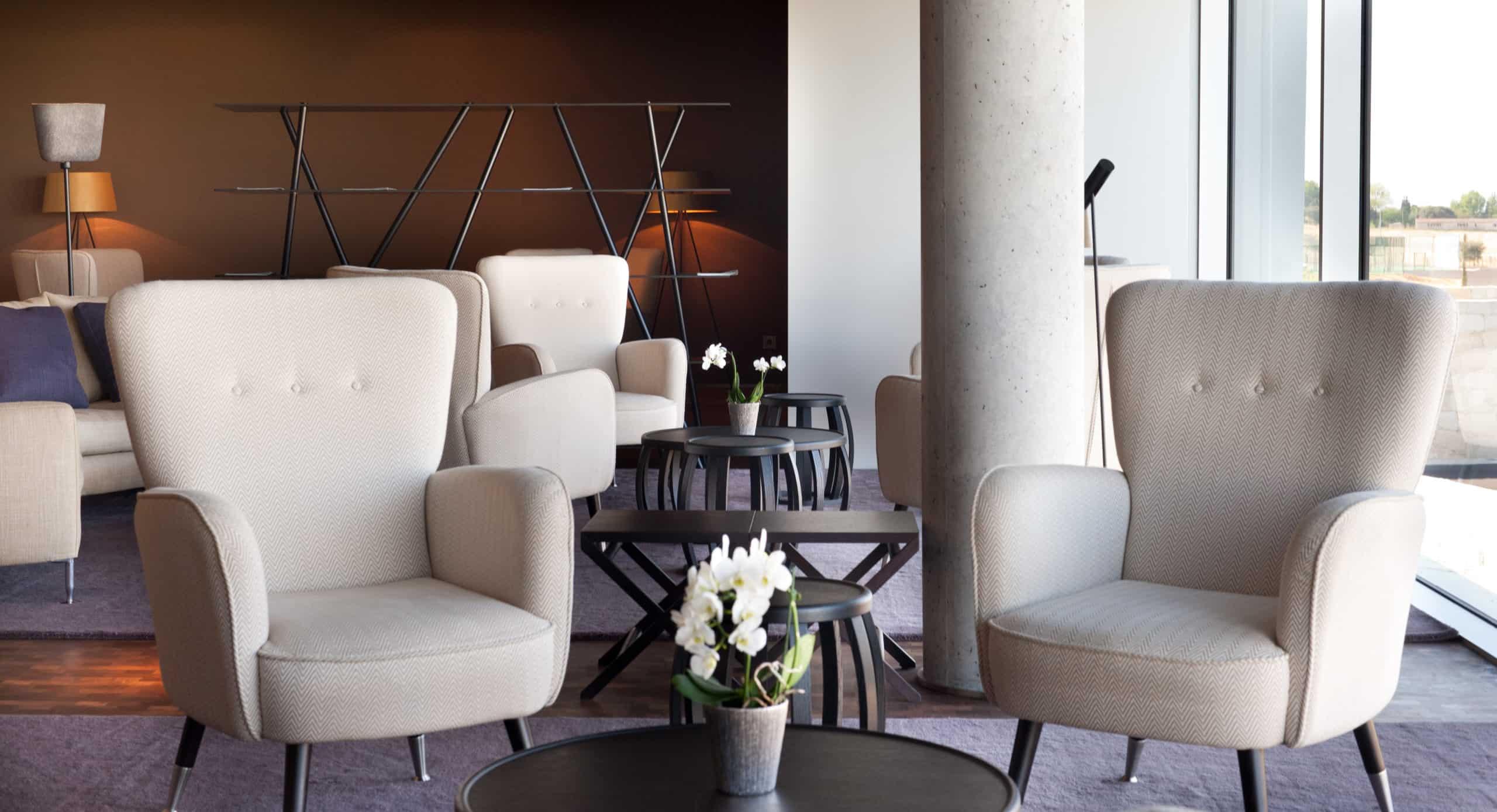 Imagen del equipamiento hall hotel Valbusenda