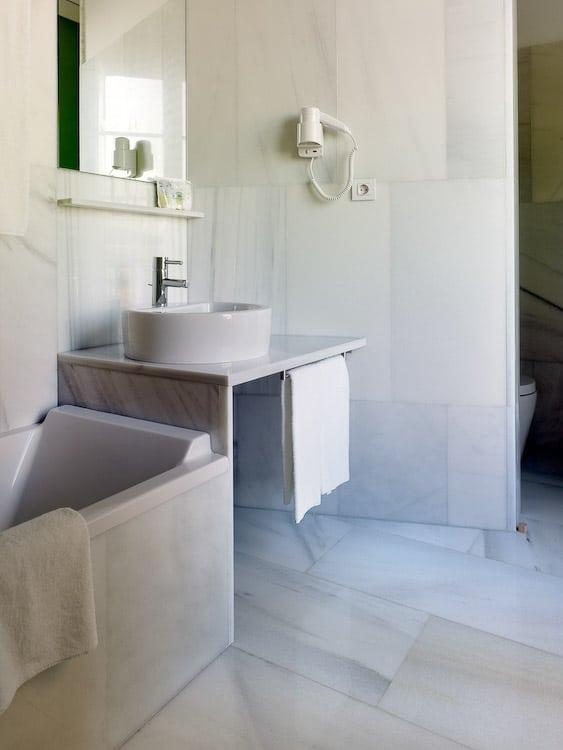 Imagen del equipamiento baño hotel Pazo de Altamira