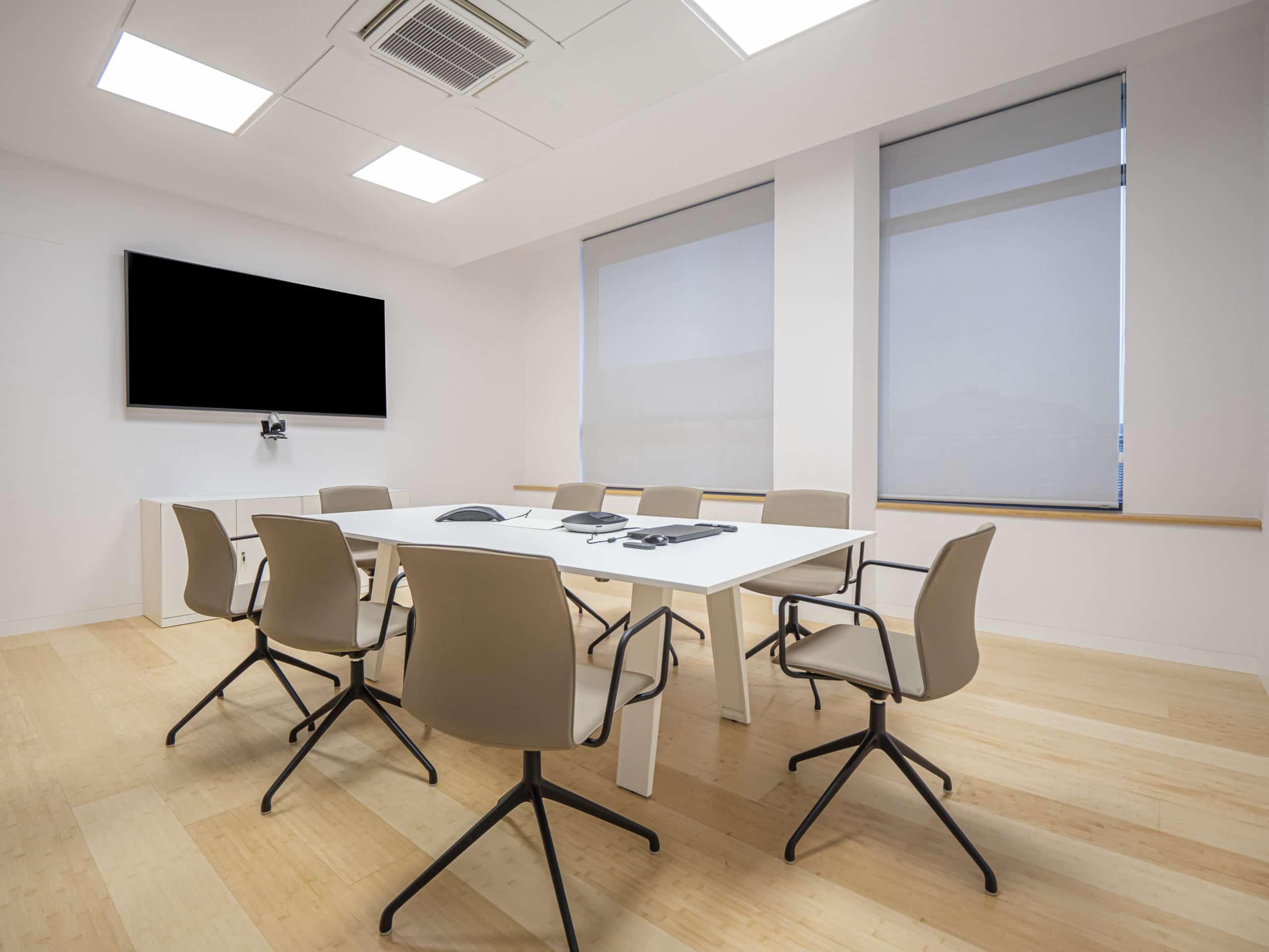Imagen del equipamiento sala de reuniones Zendal