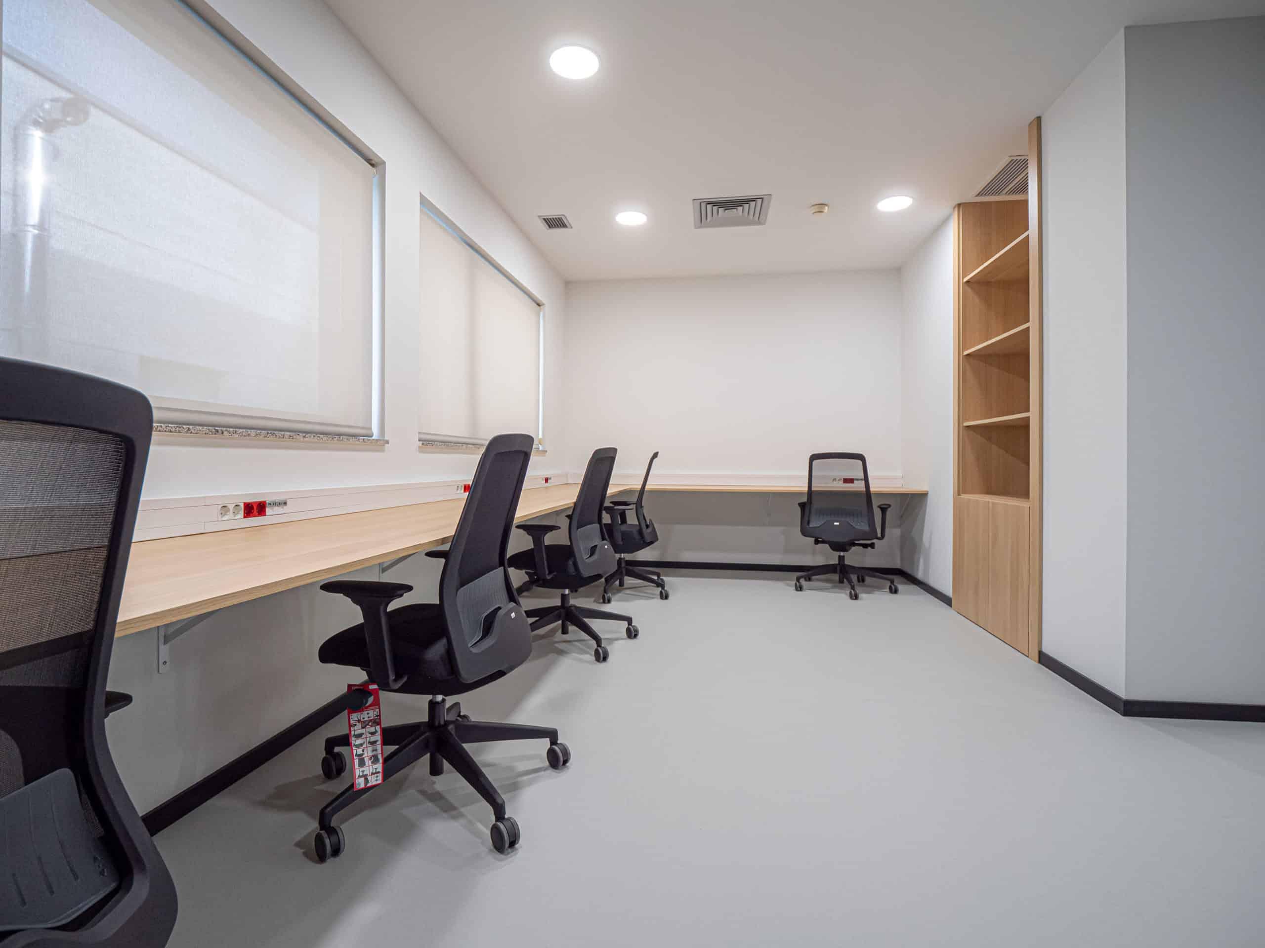 Imagen del equipamiento sala oficinas IDIS