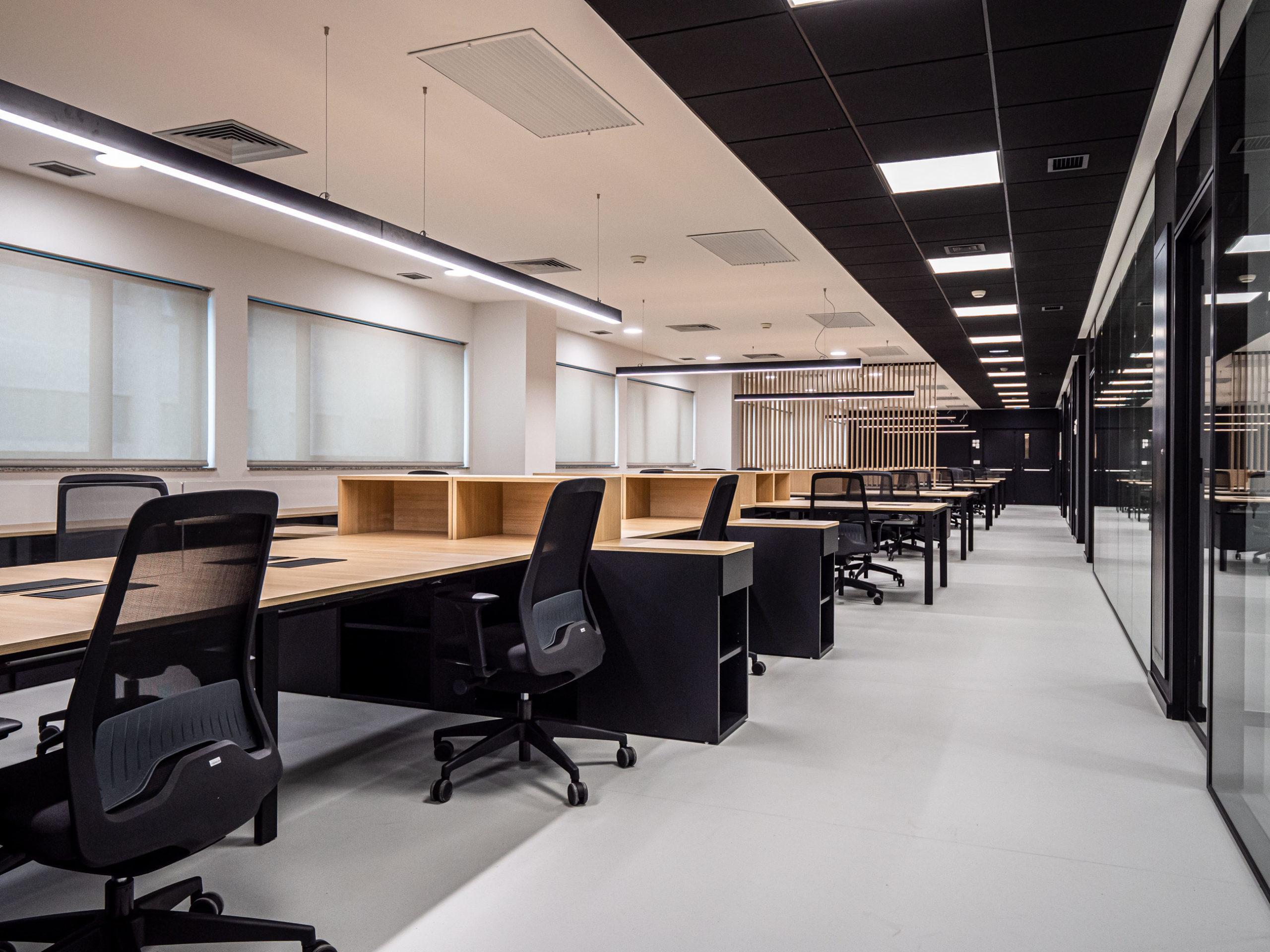 Imagen del equipamiento zona de trabajo IDIS