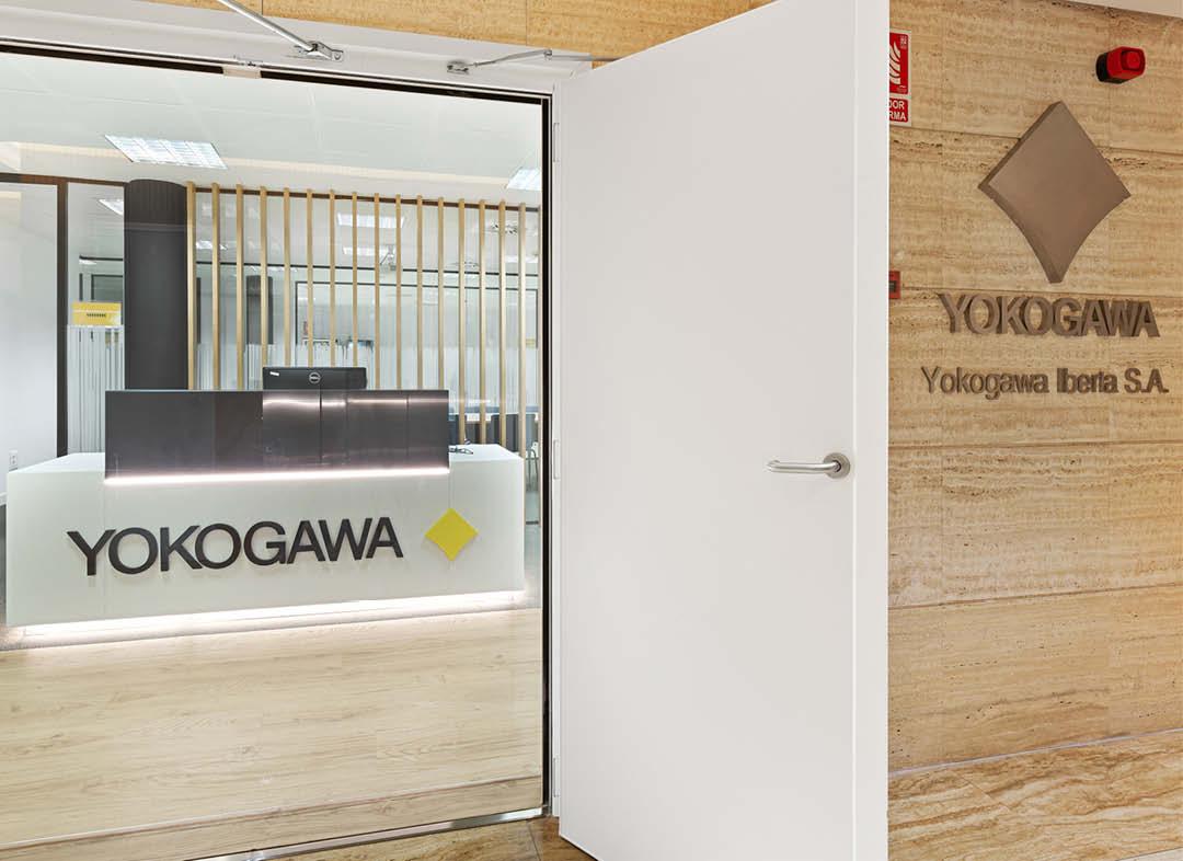 Yokogawa entrada oficinas Madrid del proyecto design and build